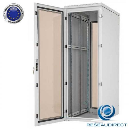 Triton-racks-RIE-baie-etanche-IP54-face-porte-vitree-600-02